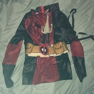 MARVEL Deadpool costume.